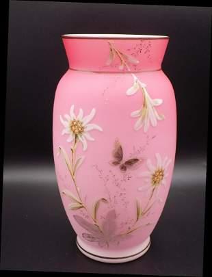 Beautiful Victorian Webb decorated art glass vase