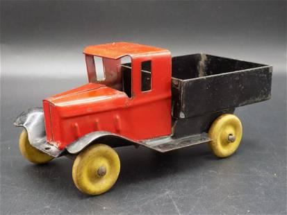 Vintage Wyandotte pressed steel toy truck