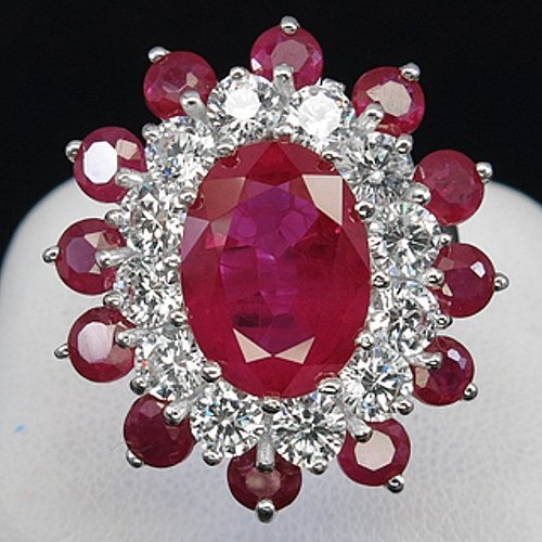 8 ct. HOT PINK RUBY SAPPHIRE  925 STERLING SILVER RING.