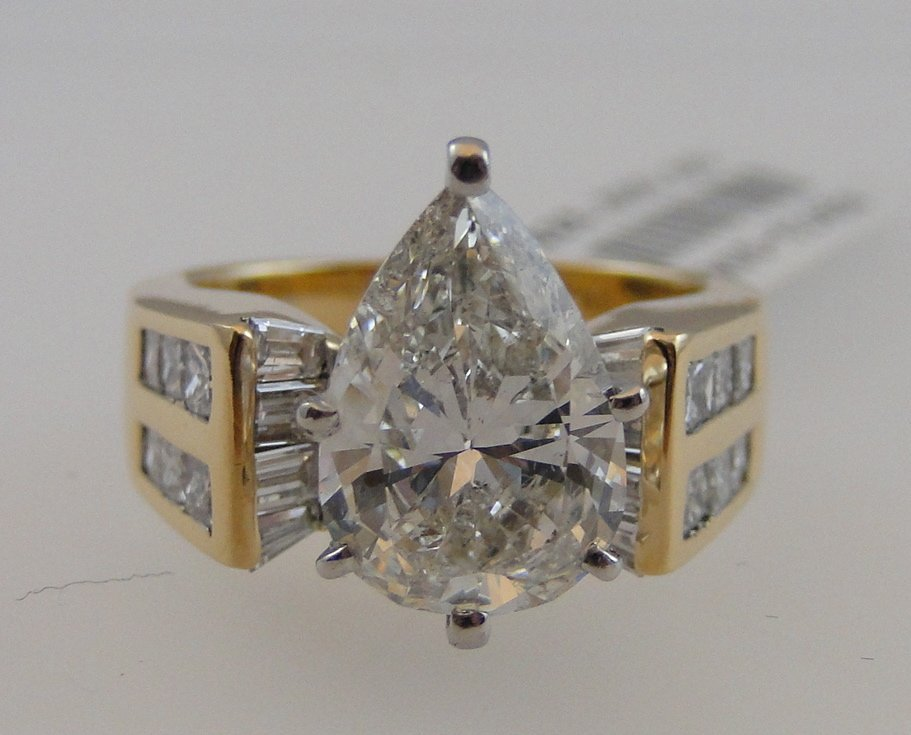 3.47ct Pear Shaped Diamond Ring.