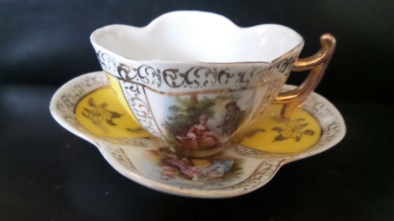 MEISSEN PORCELAIN 18th CENTURY CUP and SAUCER SIGNED