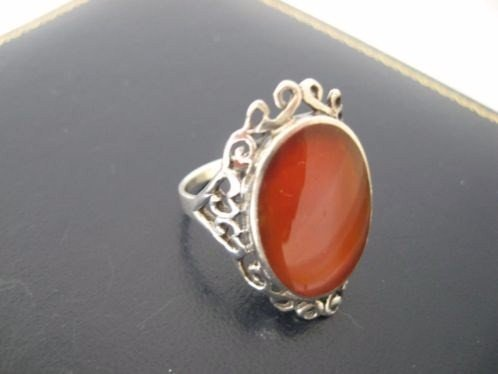 beautiful old marked silver ring with stone