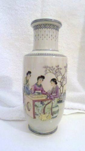 CHINEES FAMILY ROSE VASE 1860's