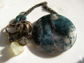 Vintage Agate Donut Pendant Necklace