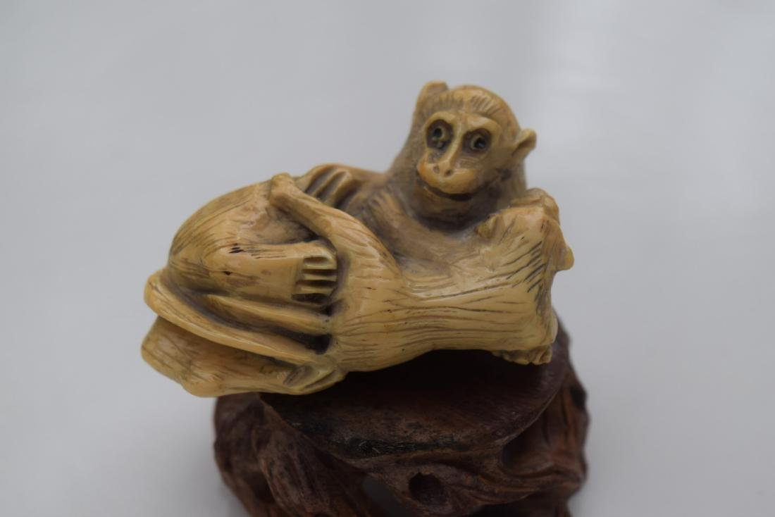 Carved Monther and Son Monkey Statues