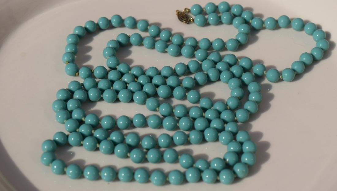 Vintage Blue Bead Necklace - 2