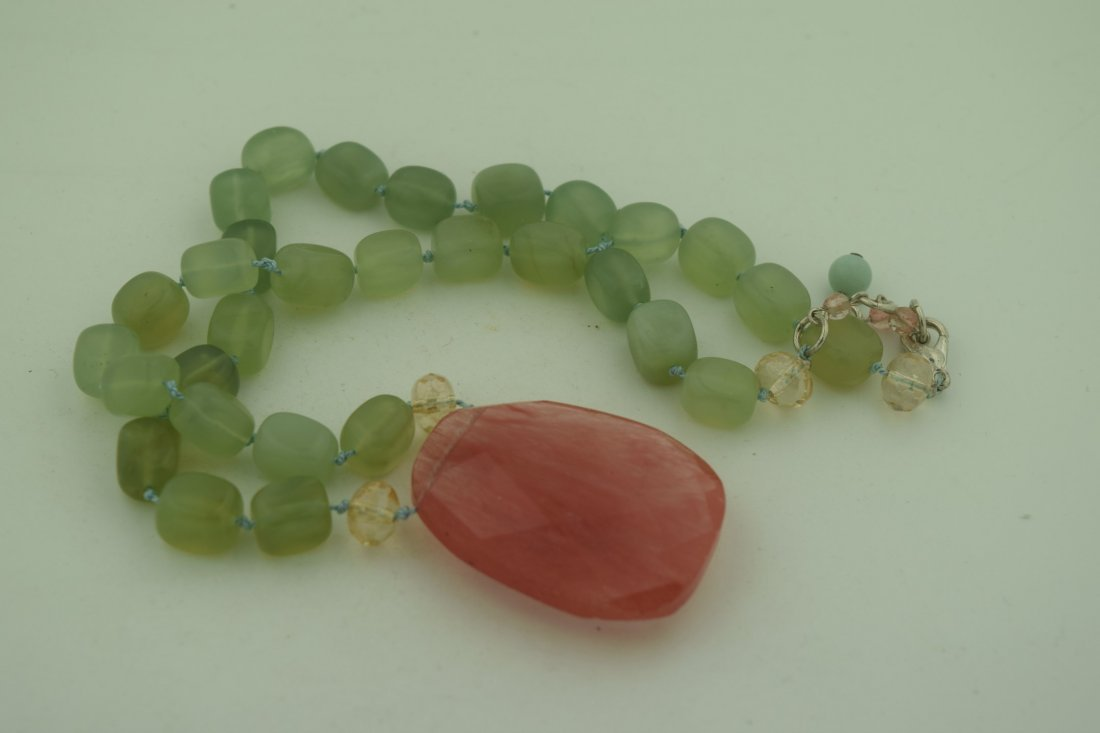Vintage Green Necklace with Pink Pendant - 2