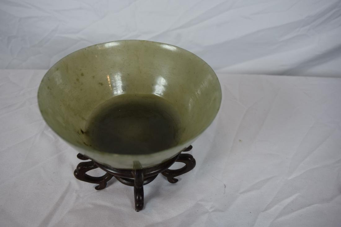 Antique Chinese Jadeite Bowl, Jia Qing Mark and Period - 4