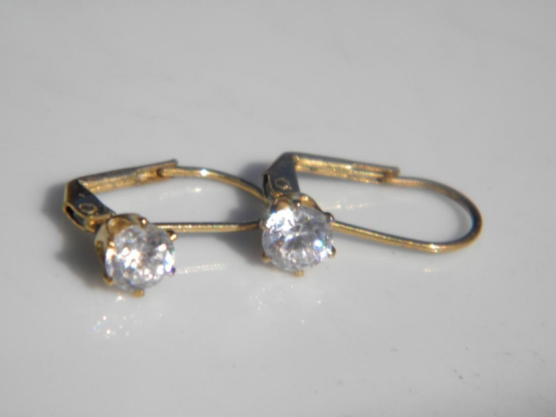Pair of Diamond Earrings - 3