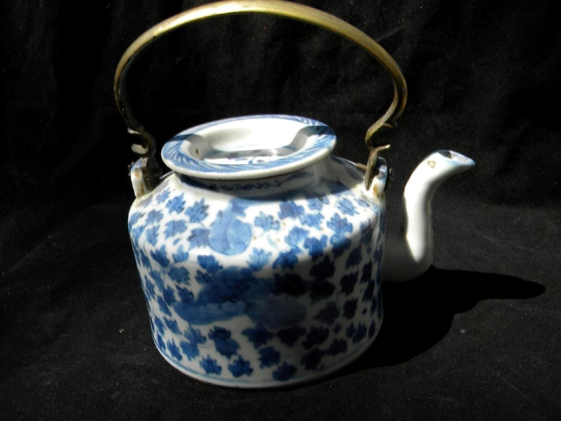 Antique Chinese Blue and White Teapot Qing Dynasty - 5