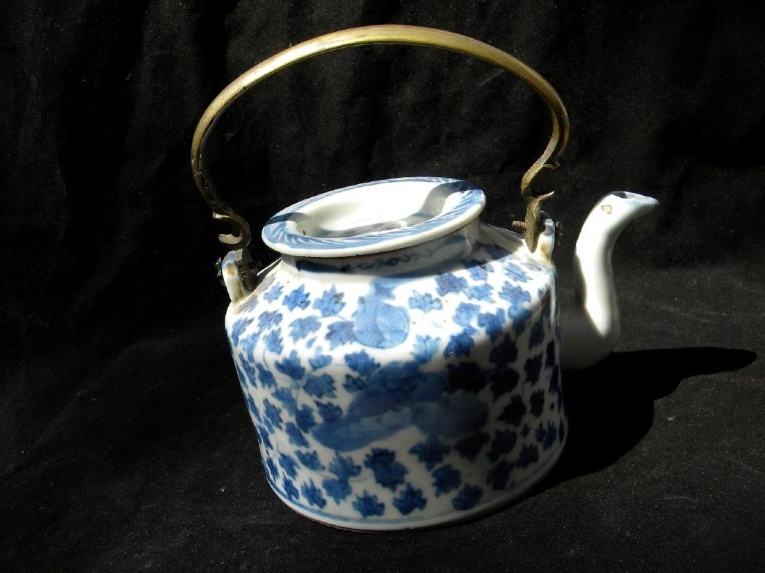Antique Chinese Blue and White Teapot Qing Dynasty - 6