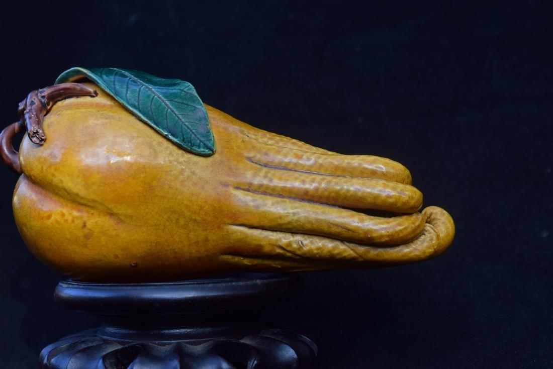 A YELLOW GLAZED BUDDHA'S HAND - 5