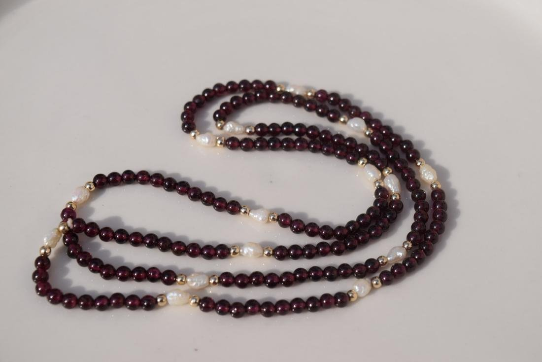 Vintage Ganet and Pearl Bead Necklace - 4