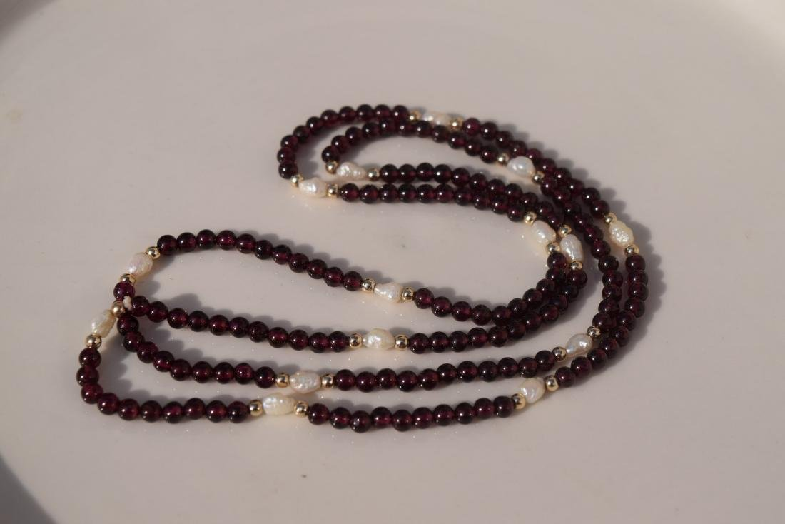 Vintage Ganet and Pearl Bead Necklace - 2
