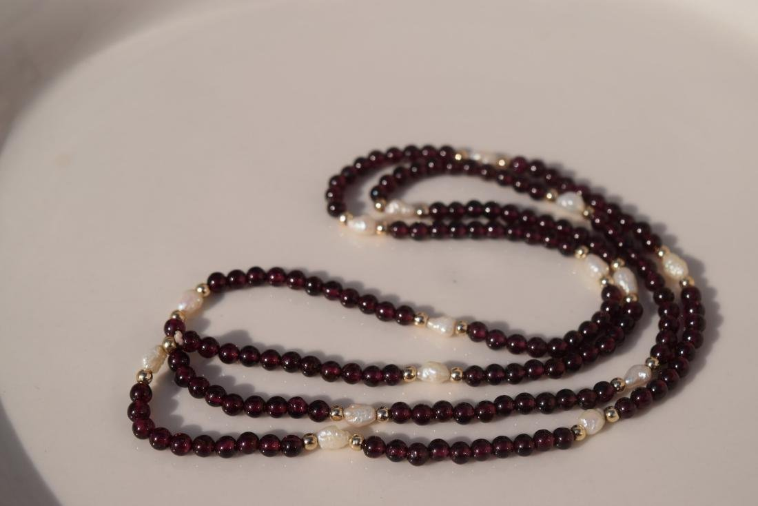 Vintage Ganet and Pearl Bead Necklace - 3