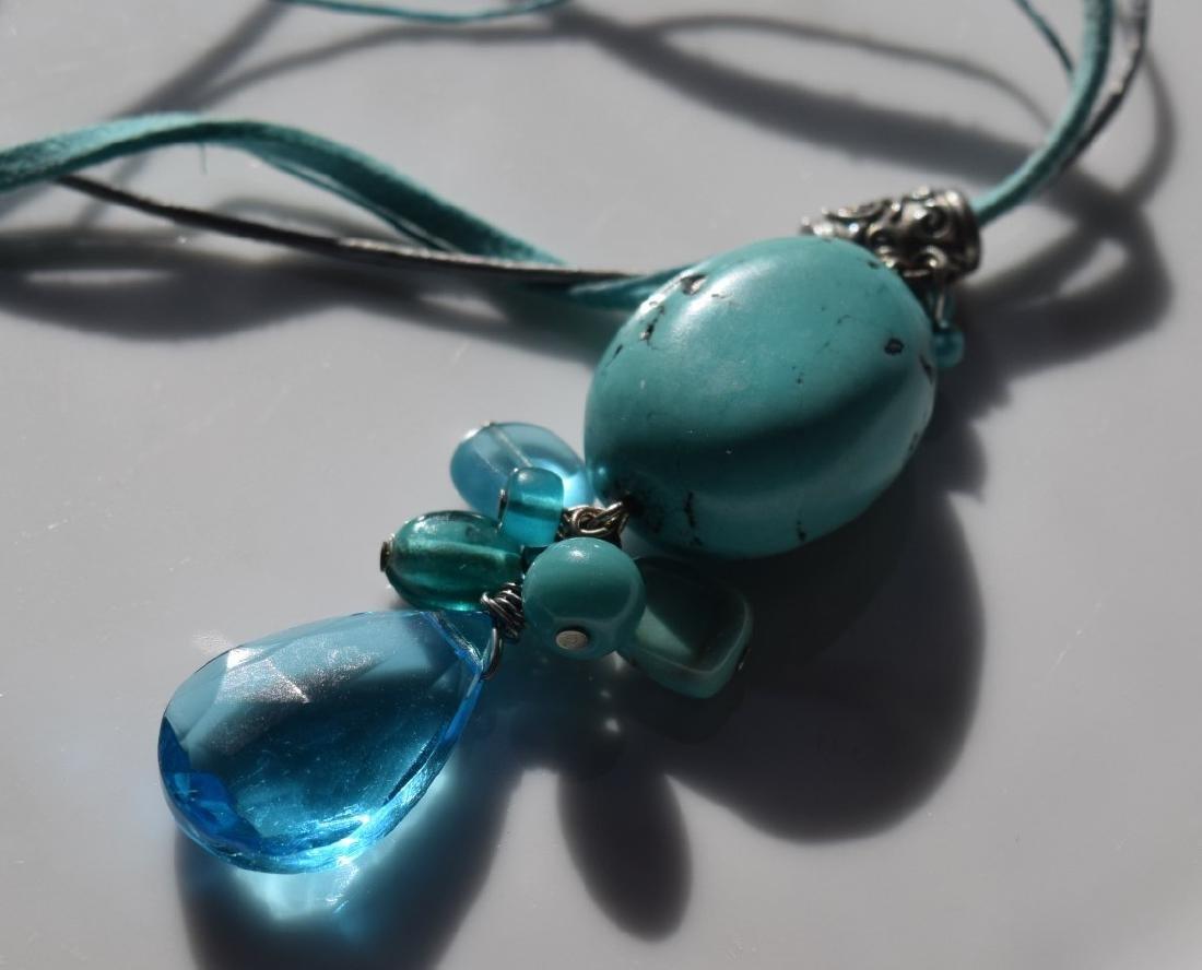 Vintage Turquoise Bead Pendant Necklace - 2