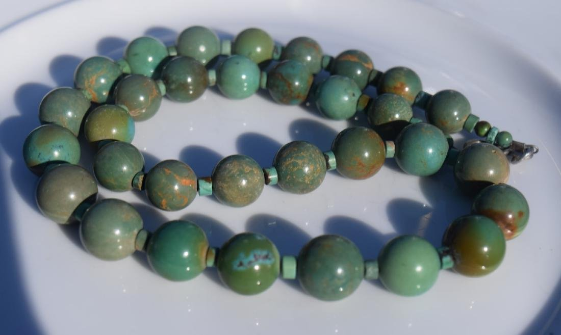 Vintage Turquoise Beads Necklace