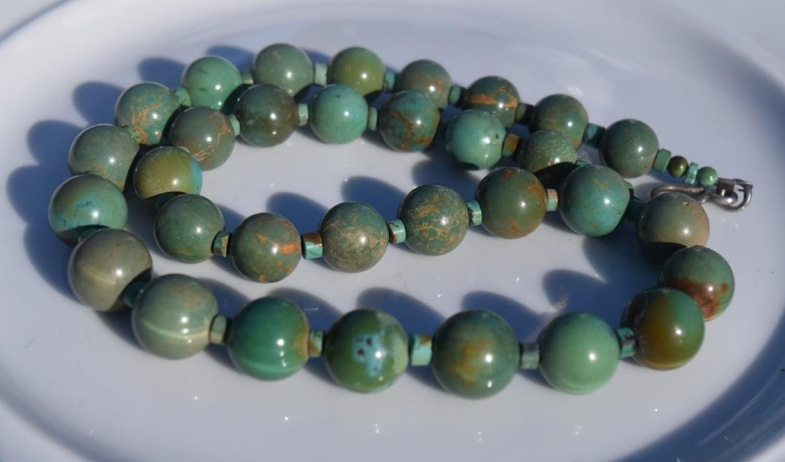 Vintage Turquoise Beads Necklace - 2