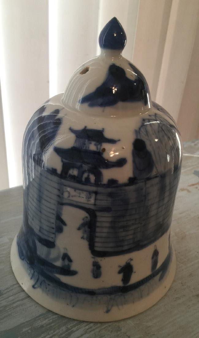 Antique Chinese Blue and White Bell Zhang Jiang Men