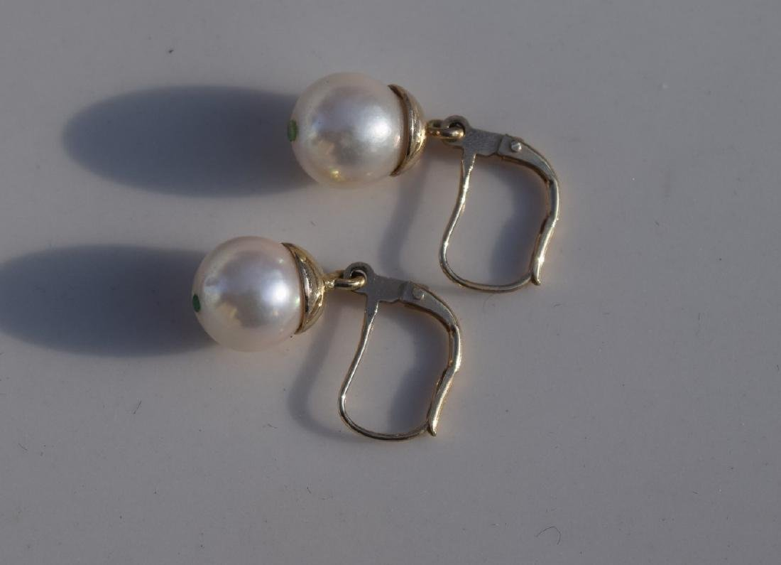 A Pair of 14K Gold Pearl Earrings