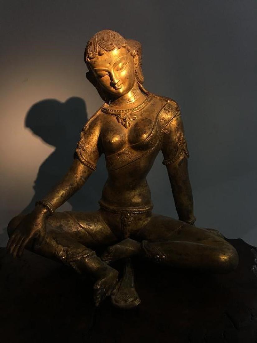 ANTIQUE BRONZE FIGURE OF BUDDHA