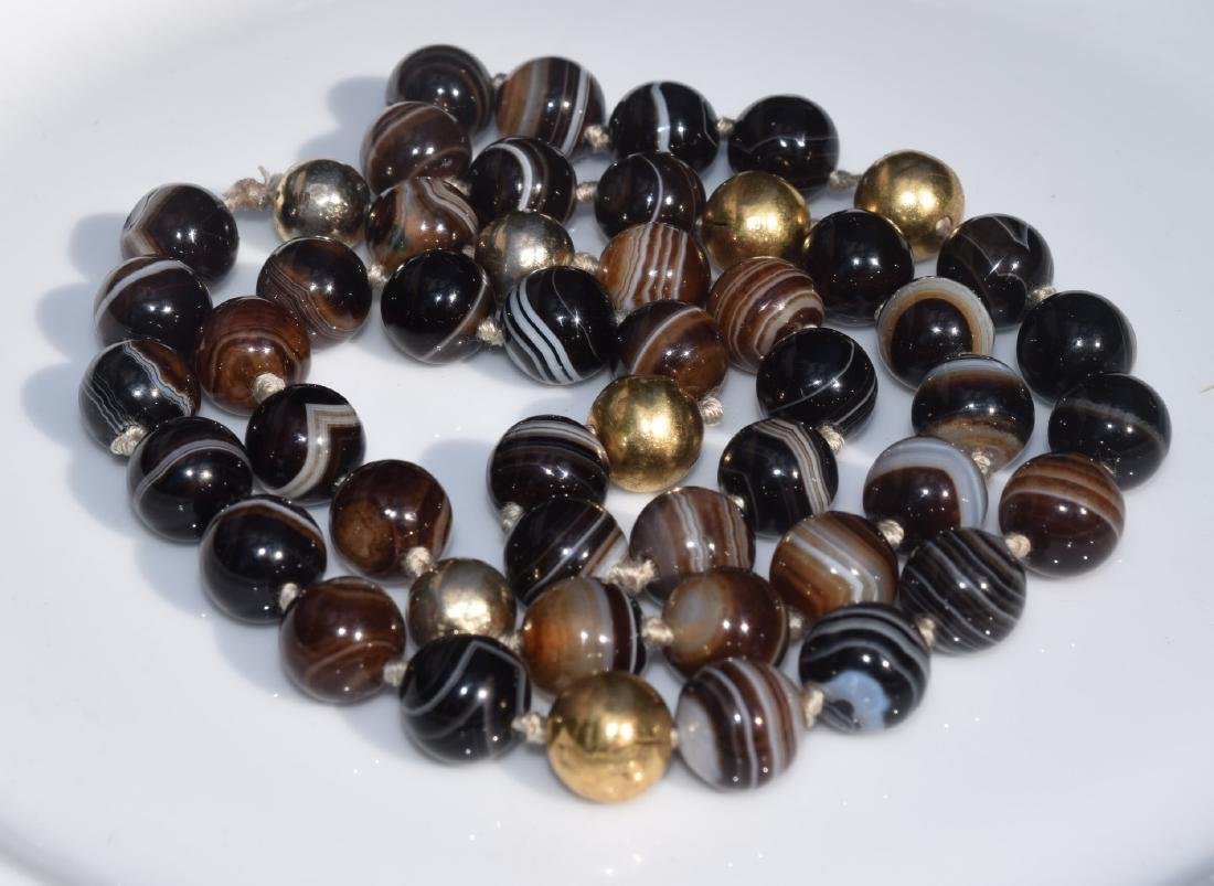 Vintage Black and White Carnelian Beads Necklace