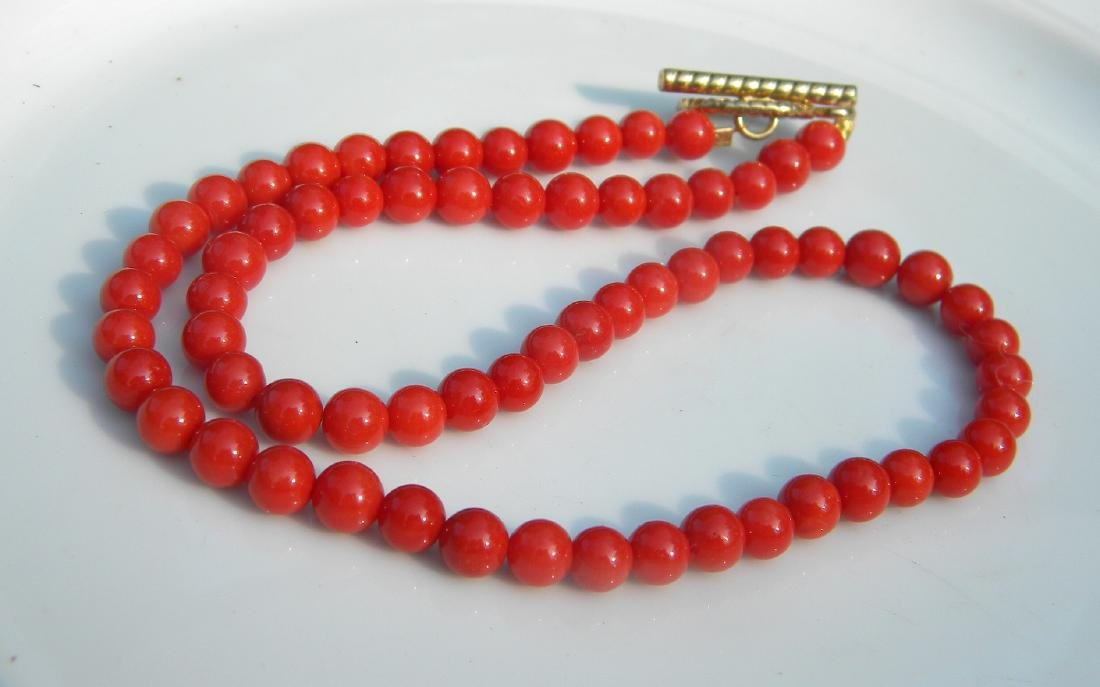 Vintage Red Coral Beads Necklace
