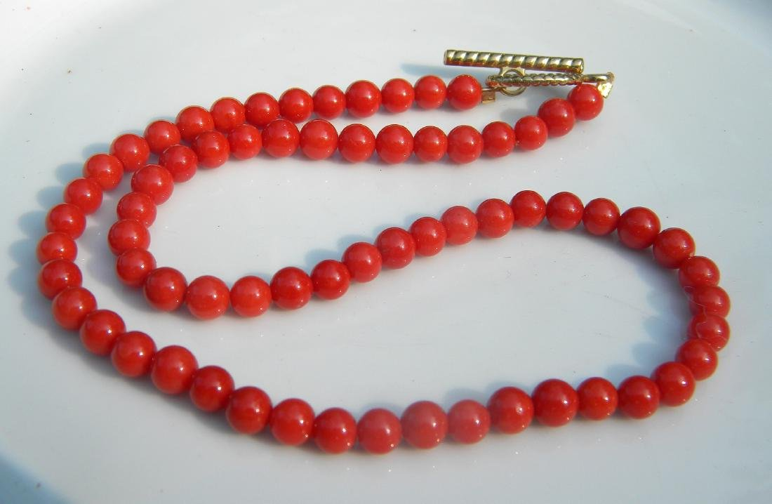 Vintage Red Coral Beads Necklace - 2