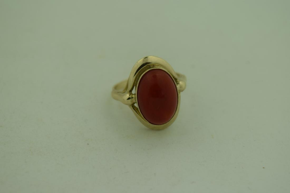 Vintage 8K Gold Red Coral Ring, size total: 20mm - 2