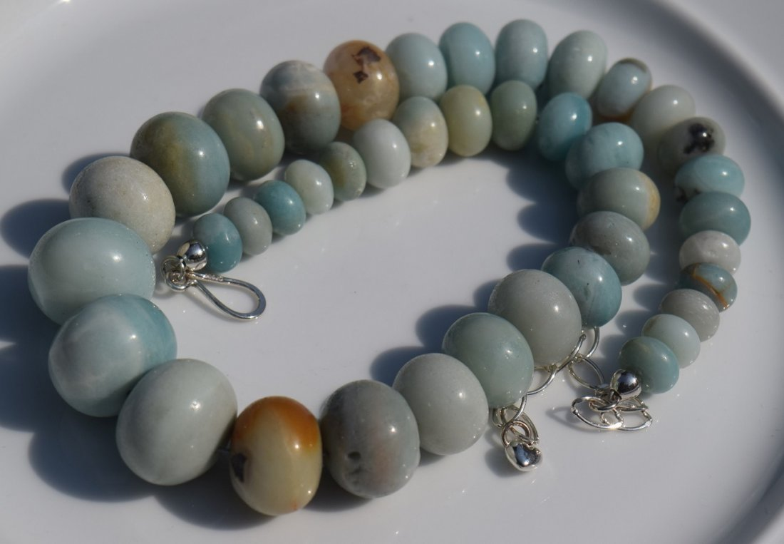 Vintage Blue Stone Beads Necklace