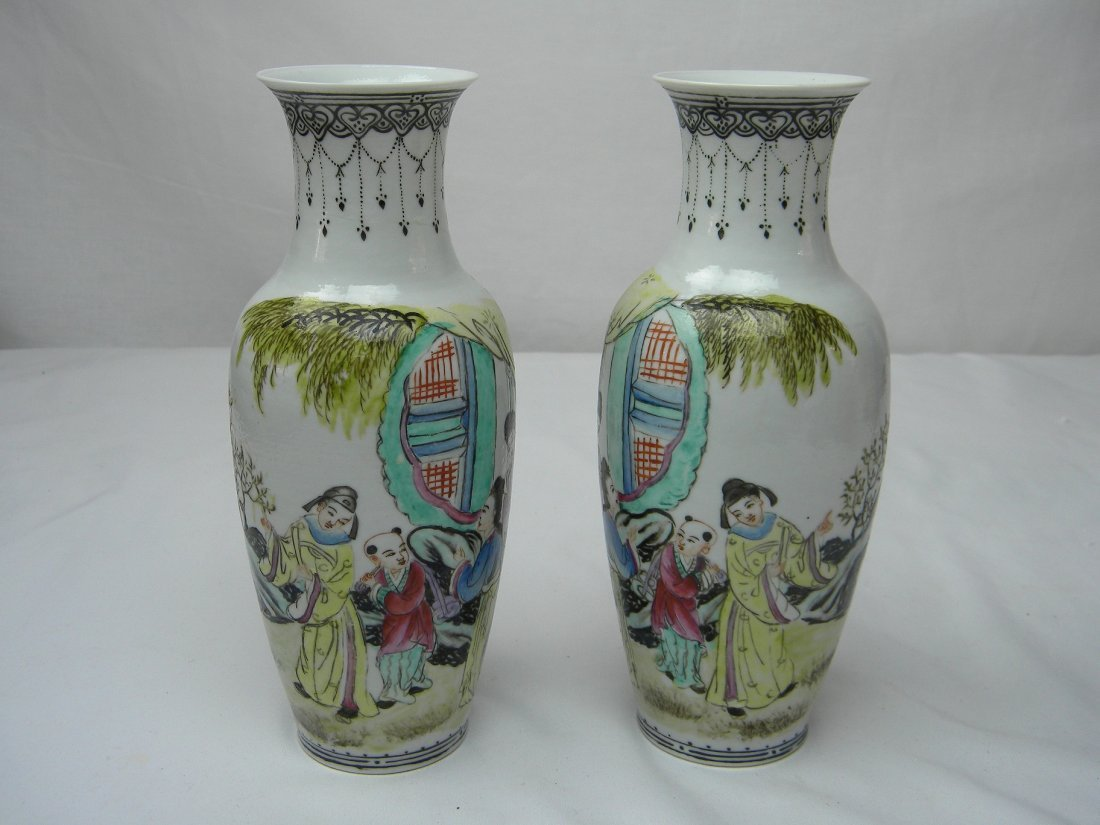 PAIR OF ANTIQUE CHINESE FAMILLE ROSE VASE WEST CHAMBER - 2