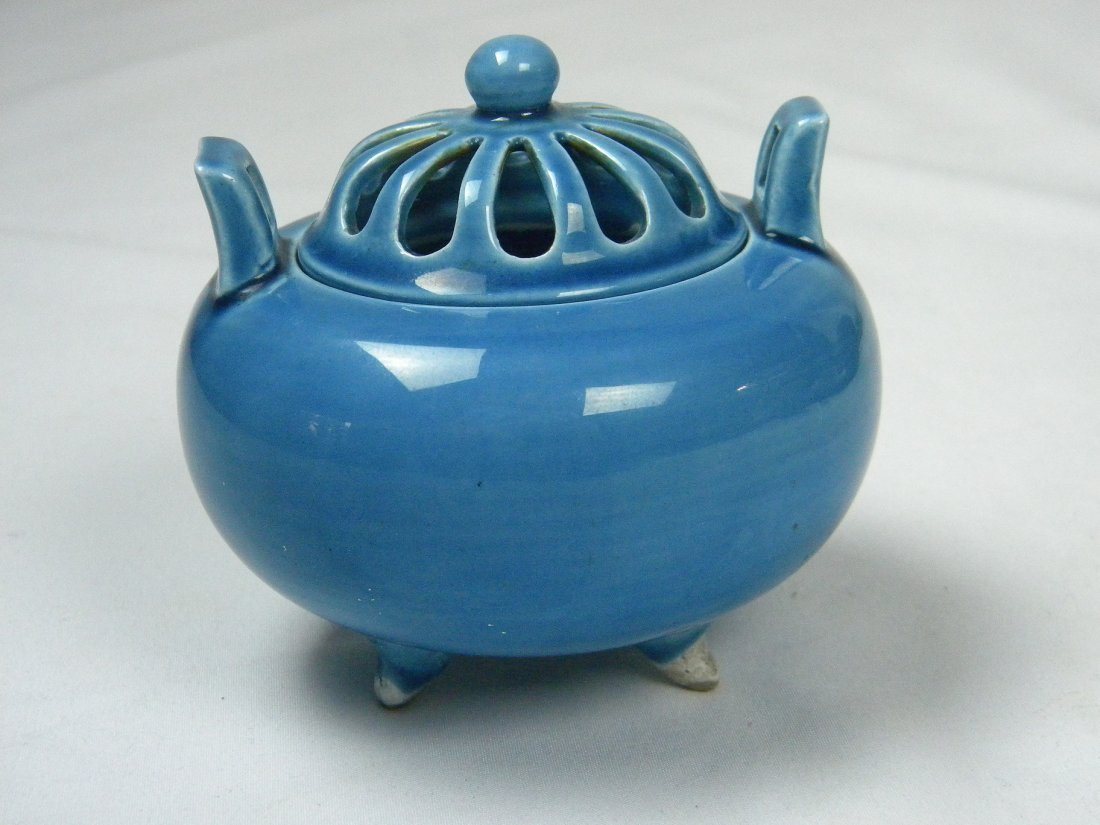 BLUE CLAZED INCENSE BURNER