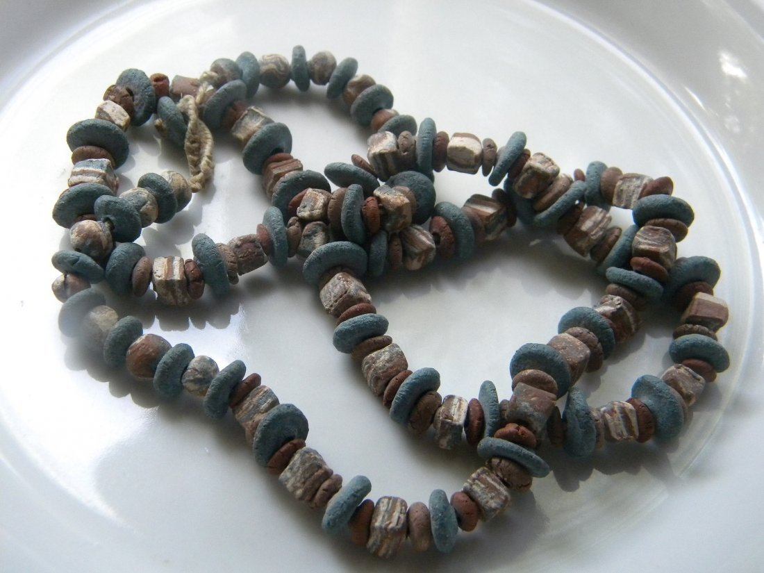 ANTIQUE OLD CLAY BEAD NECKLACE