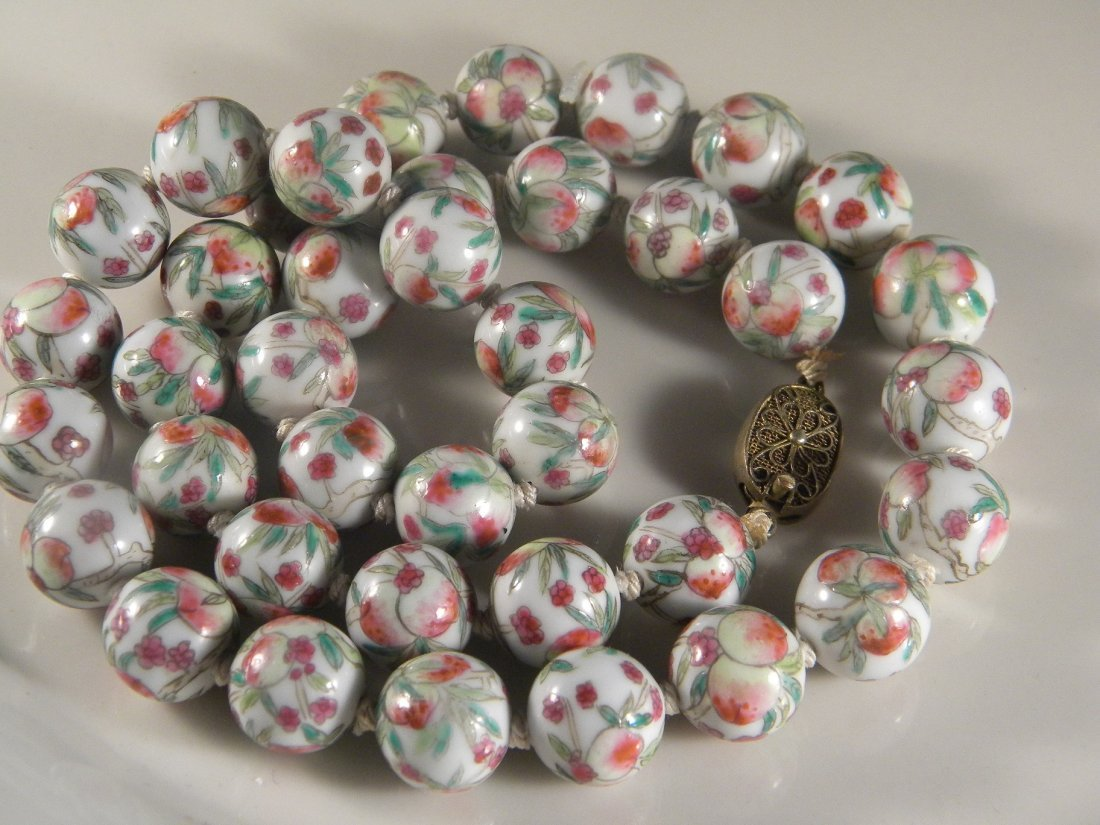 ANTIQUE CHINESE PEACH PORCELIAN BEAD NECKLACE