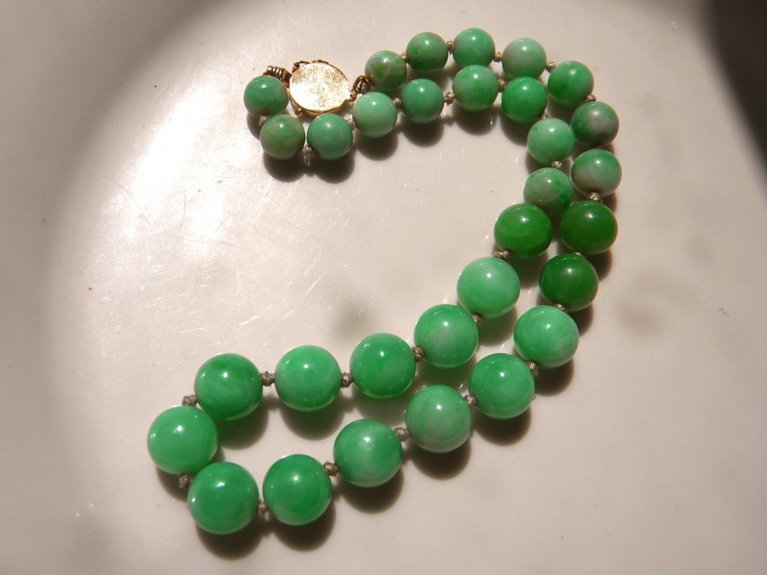 Natural Antique Jadeite Round Bead Necklace with Gold