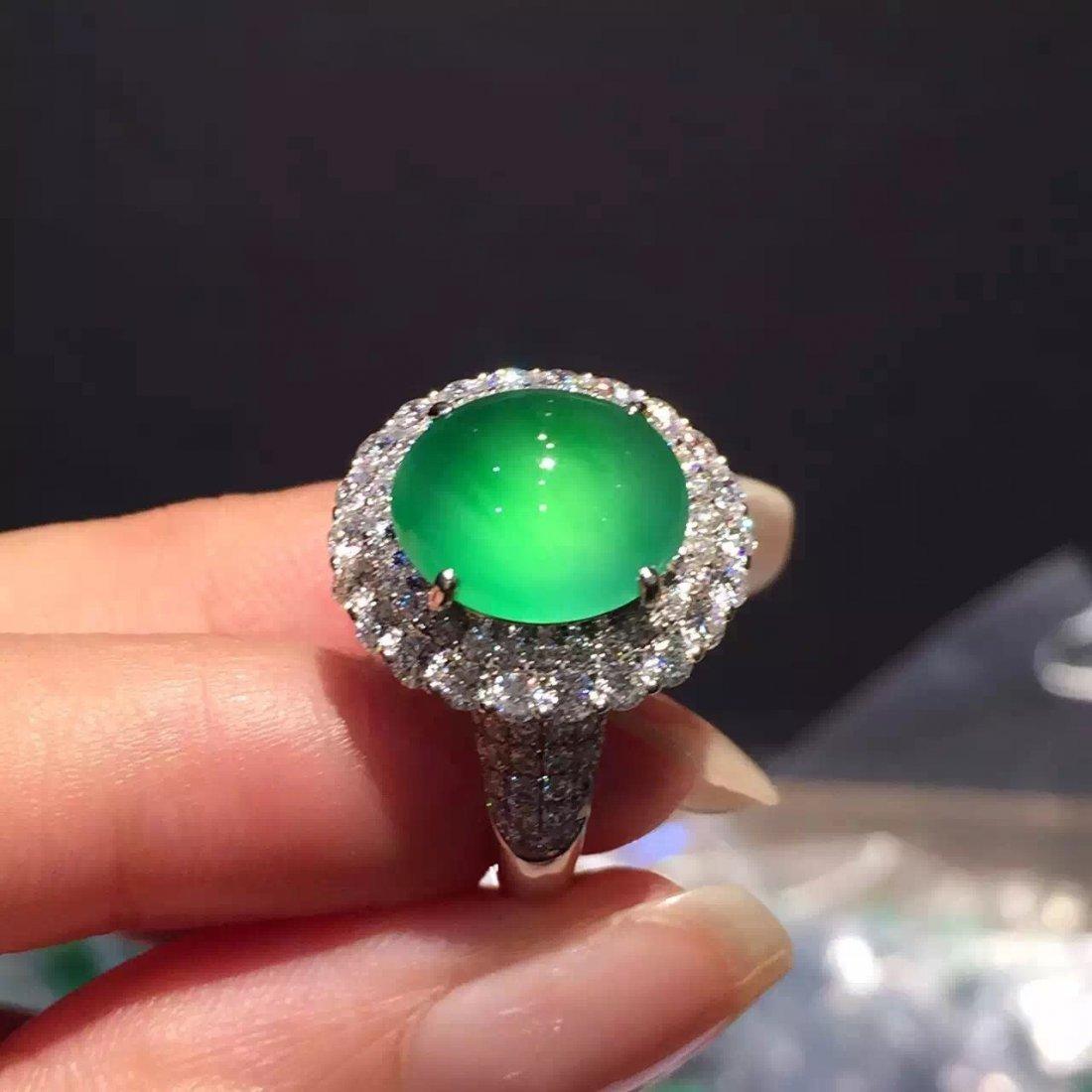 Glaasy 18K White Gold Diamond Green Jadeite Ring