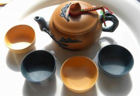 Set Of Vintage Chinese Yixing Zisha Teapot