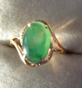18k Yellow Gold Diamond Natural Grade A Jadeite Ring