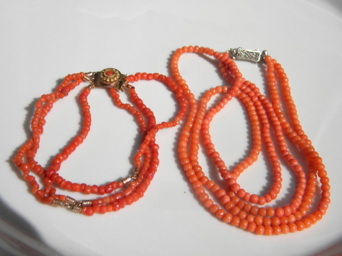 14K Gold Clasp Coral Necklace and Bracelet