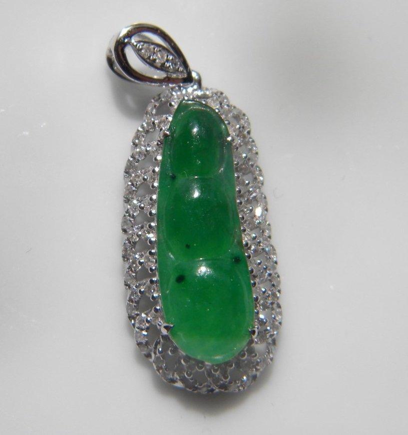 18K gold diamond natural green jadeite Pea Pendant - 3