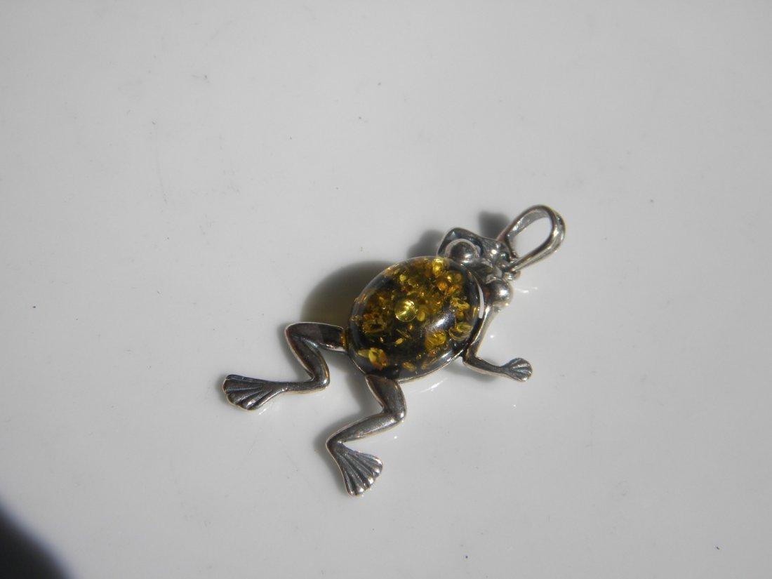 Natural Baltic Amber Silver Frog Pendant - 4