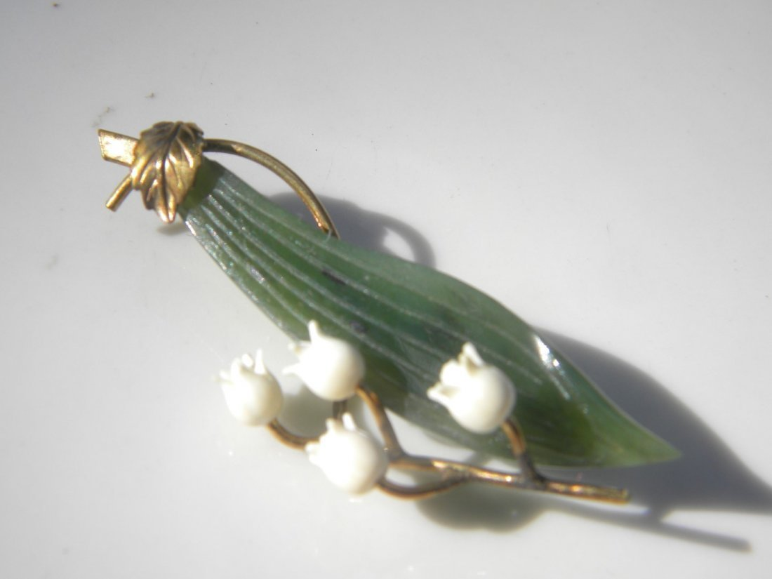 Antique Chinese Nepheite Green Jade Brooch Pin - 2