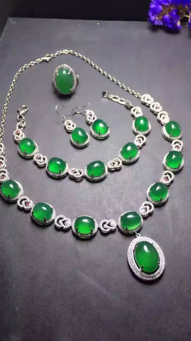 Set of Silver Green Stone Ring, Earrings and Bracelet