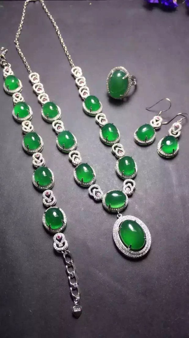 Set of Silver Green Stone Ring, Earrings and Bracelet - 2