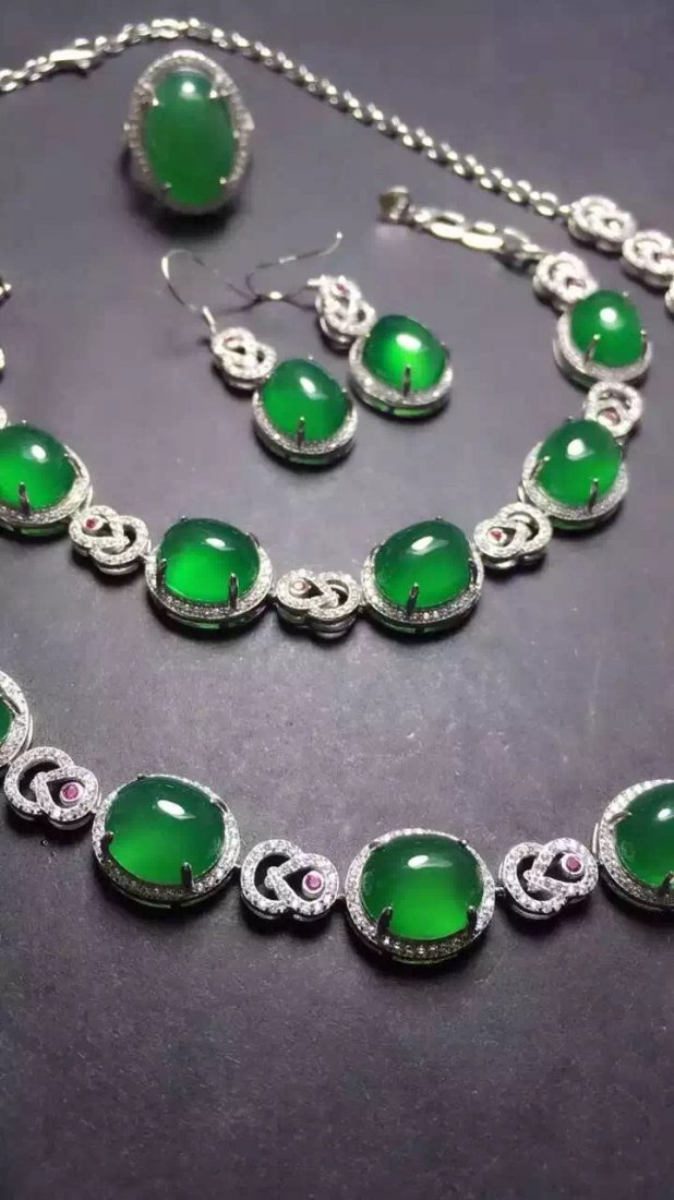 Set of Silver Green Stone Ring, Earrings and Bracelet - 4