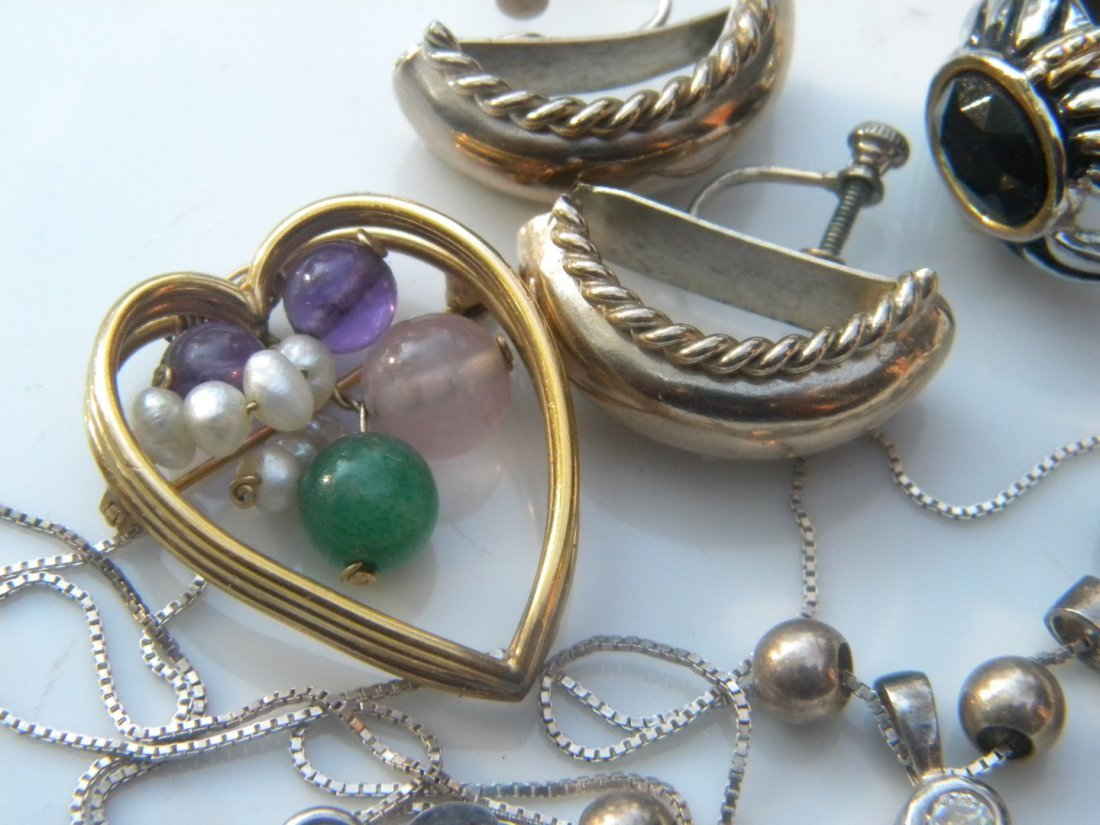 Group of Jewelries including a sterling necklace - 4