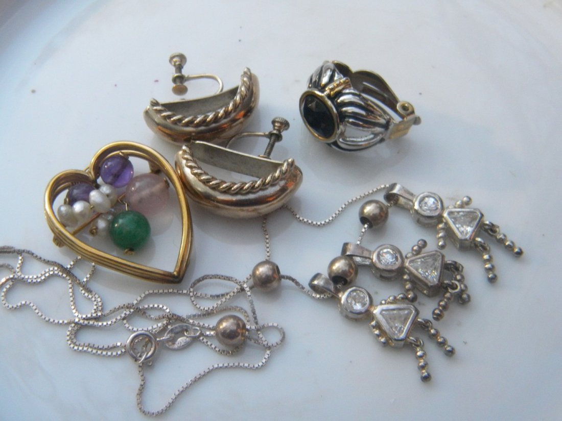 Group of Jewelries including a sterling necklace - 5