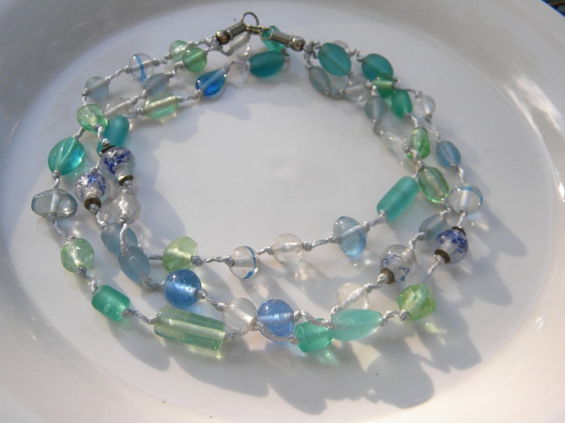 Vintage Galss Necklace - 2