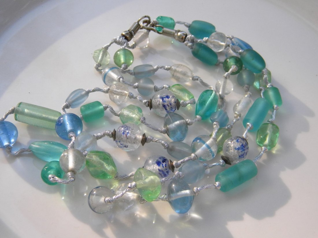 Vintage Galss Necklace - 5
