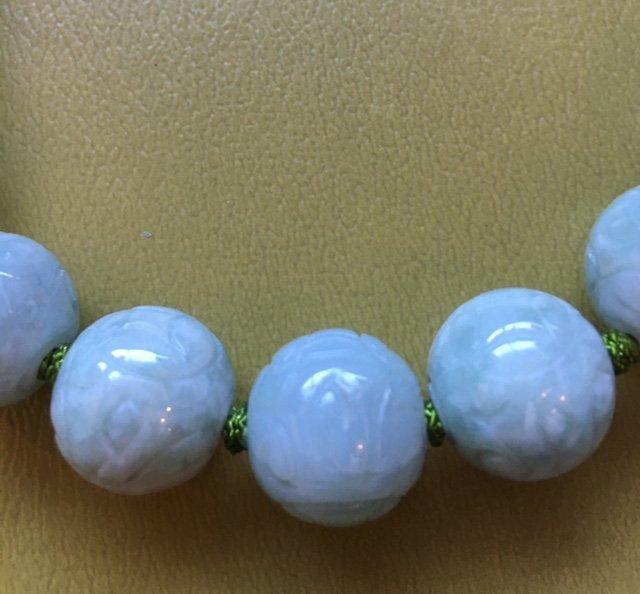 Carved jade necklace - 2